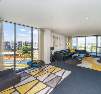 408 / 96 Bow River Crescent, Burswood