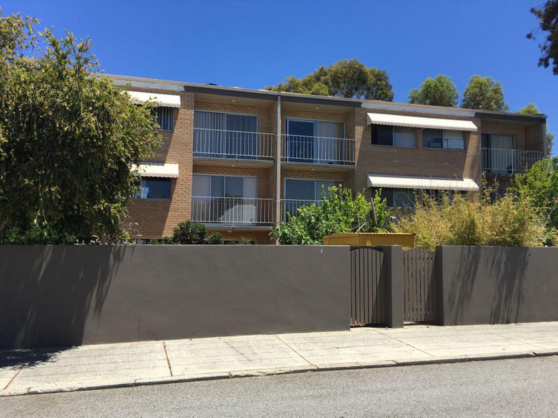4 / 21 Dangan Street, Perth