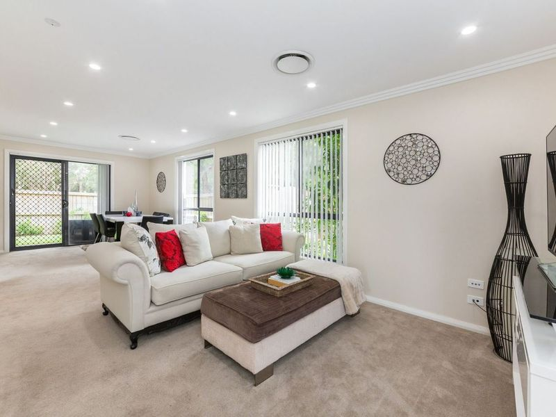 2 / 2-4 York Street, Emu Plains
