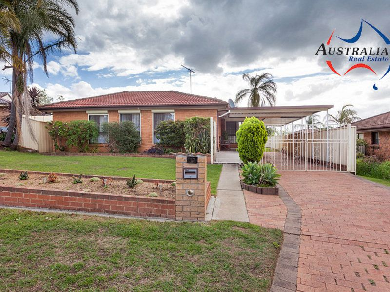 17 Fleece Close, St Clair
