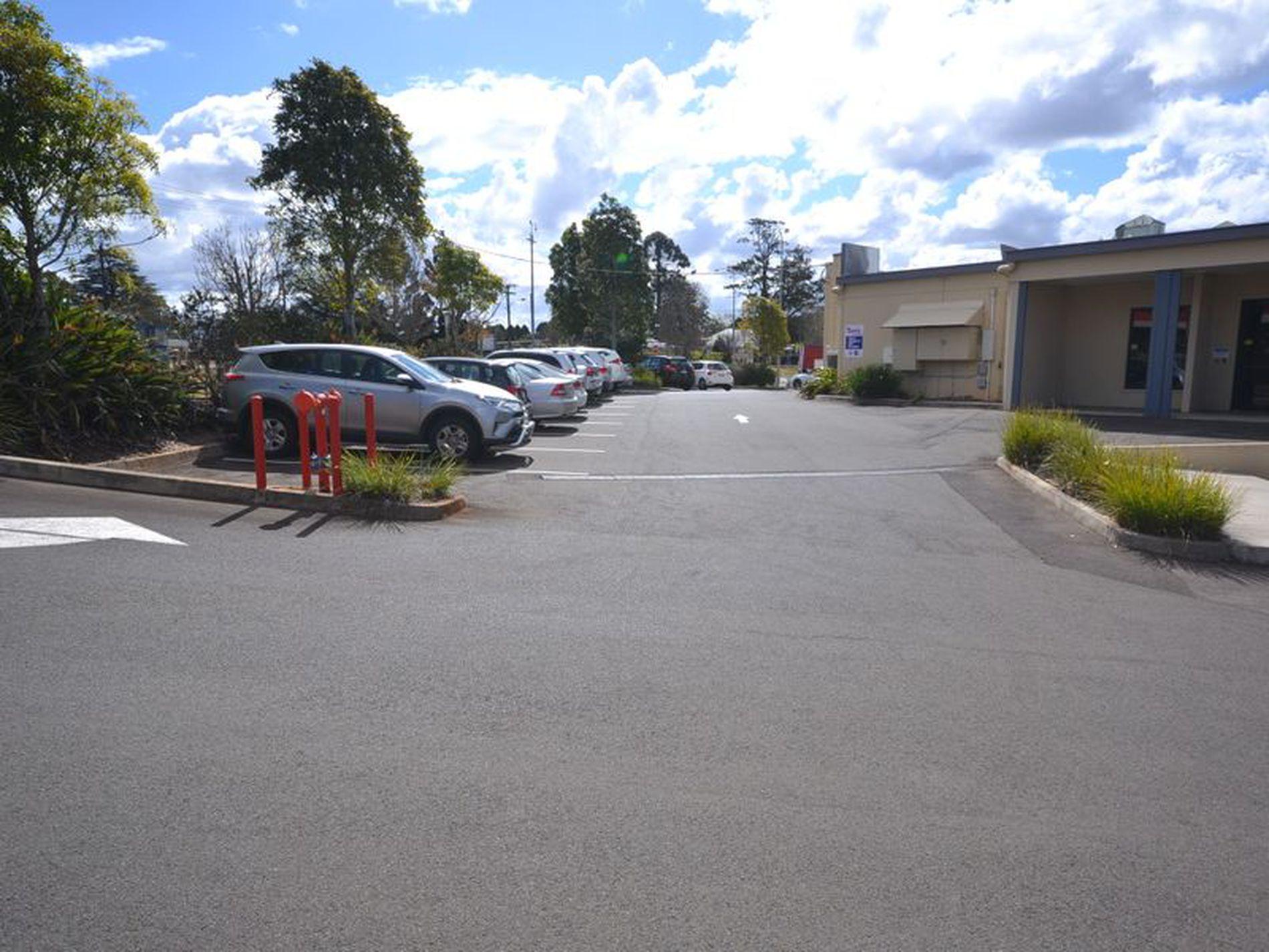Suite 2 | 4 Tourist Road, East Toowoomba