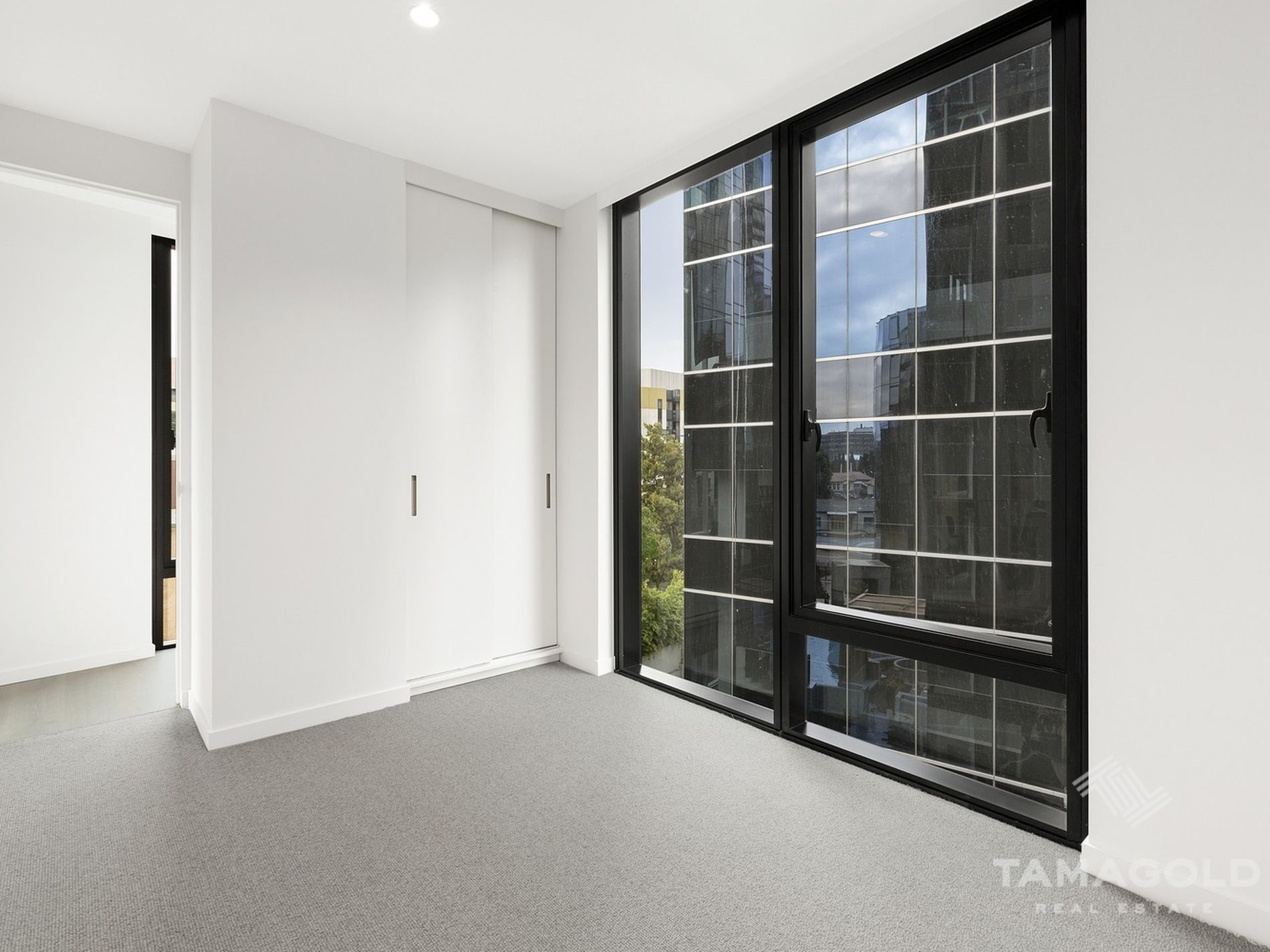 403 / 605 St Kilda Road, Melbourne