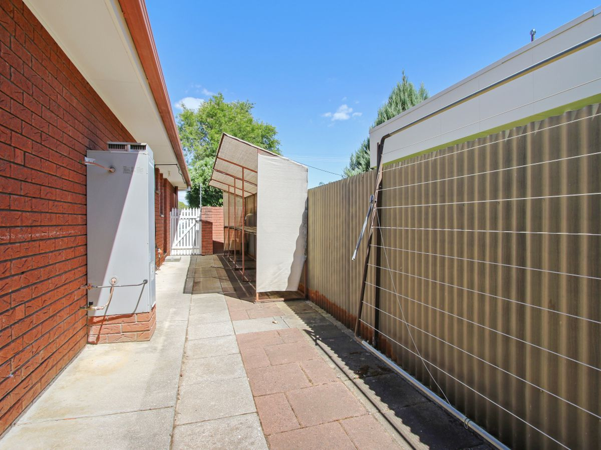 1 / 418 ROSS CIRCUIT, Lavington