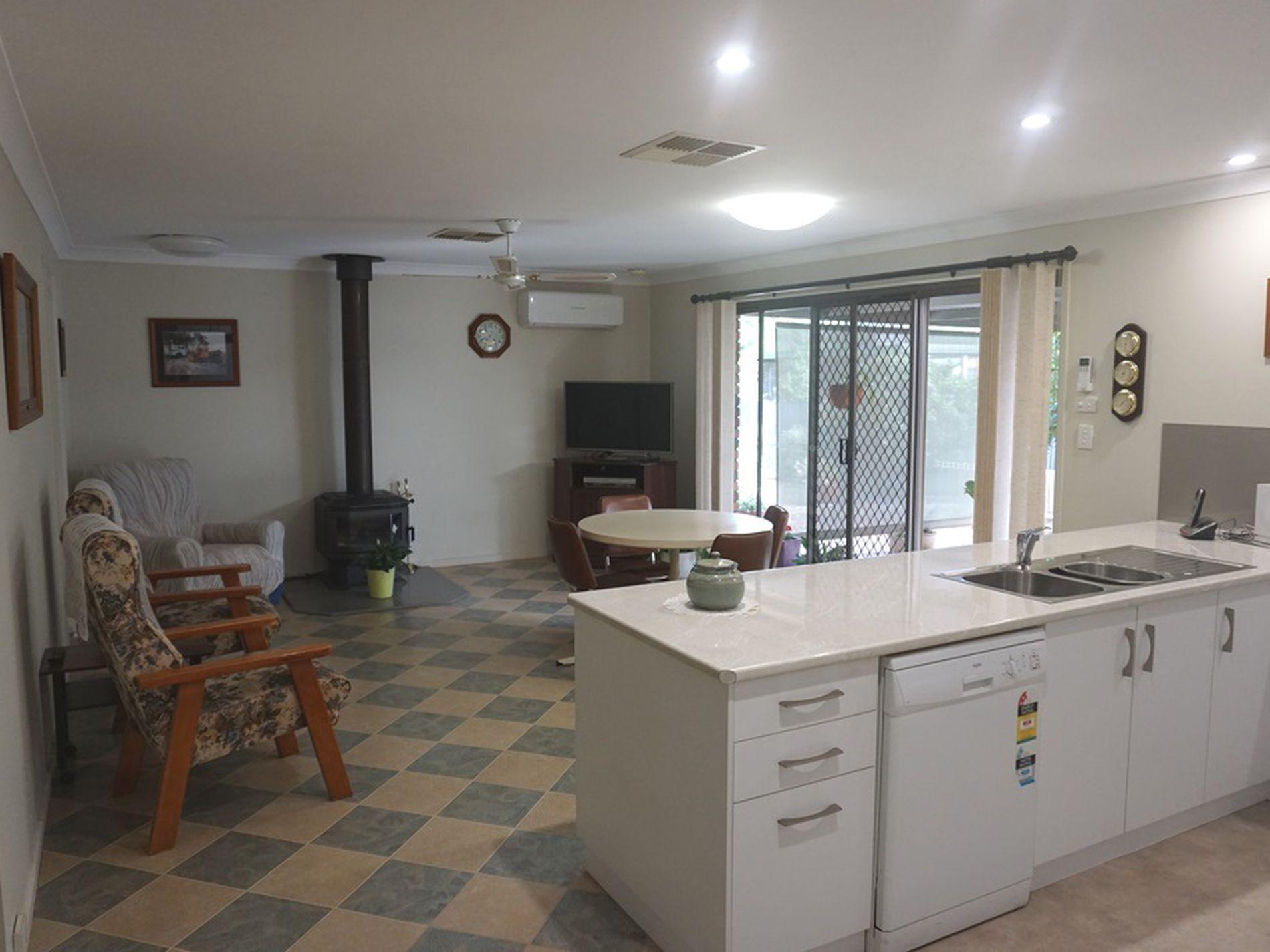 42 Maitland Street, West Wyalong