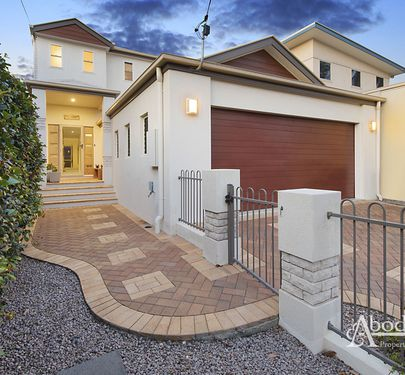 8A Brennan Road, Scarborough