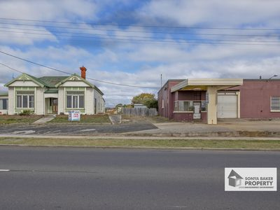 15 Old Bass Highway, Wynyard