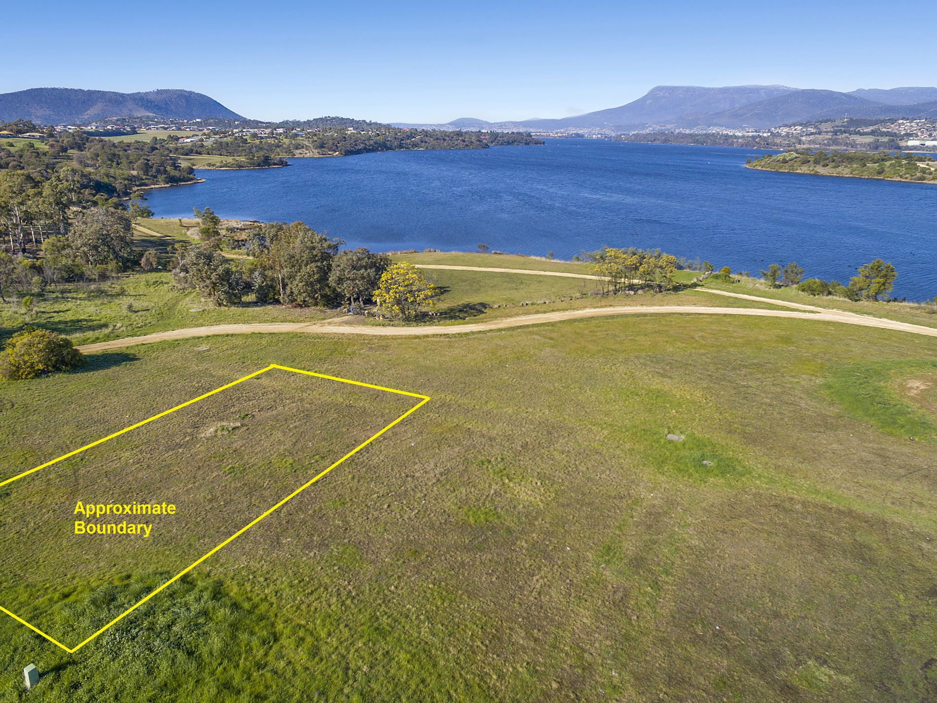 19 Fisher Drive, Herdsmans Cove