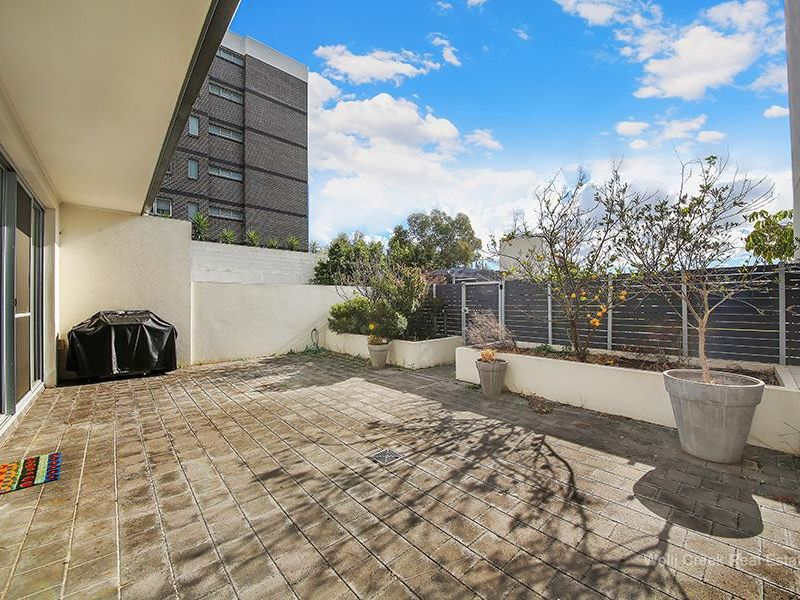 8 / 5 Lusty Street, Wolli Creek