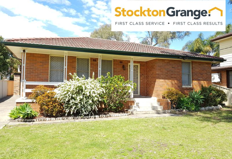 31 Parkes Crescent, Blackett