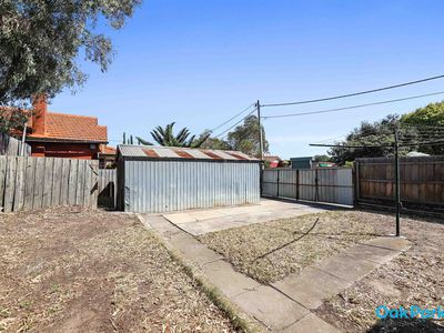 5 Boundary Road, Coburg North