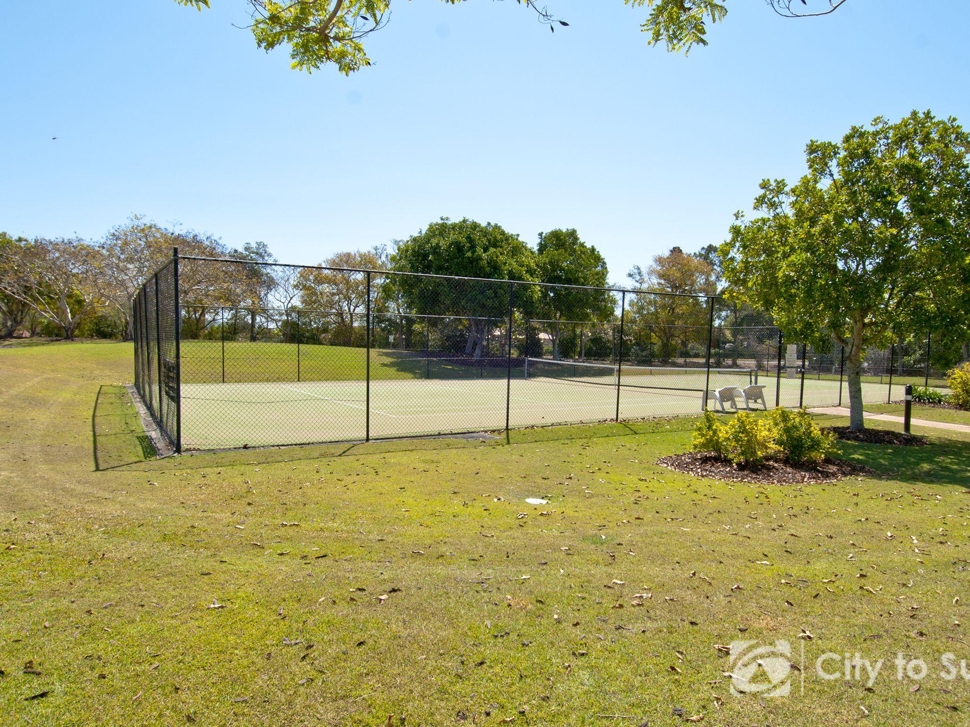 8120 Magnolia Gardens Court, Hope Island