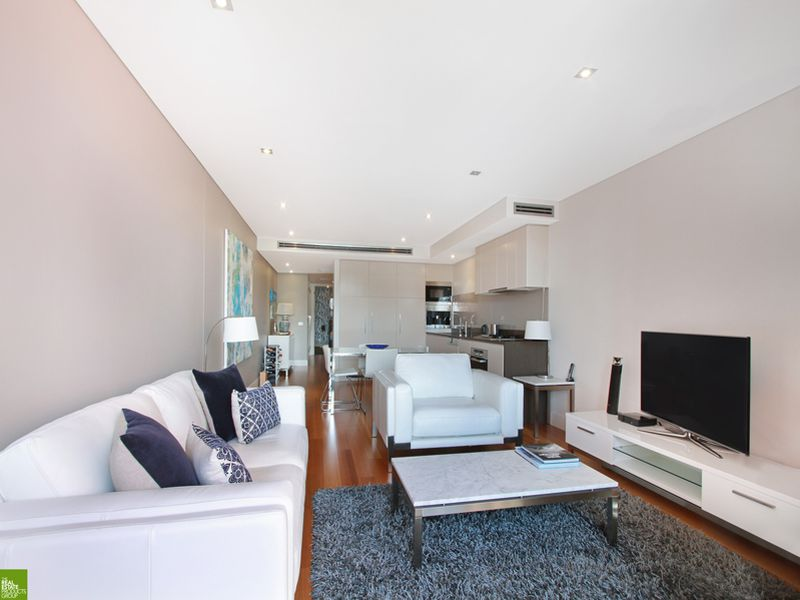 604 / 53-61 Crown Street, Wollongong