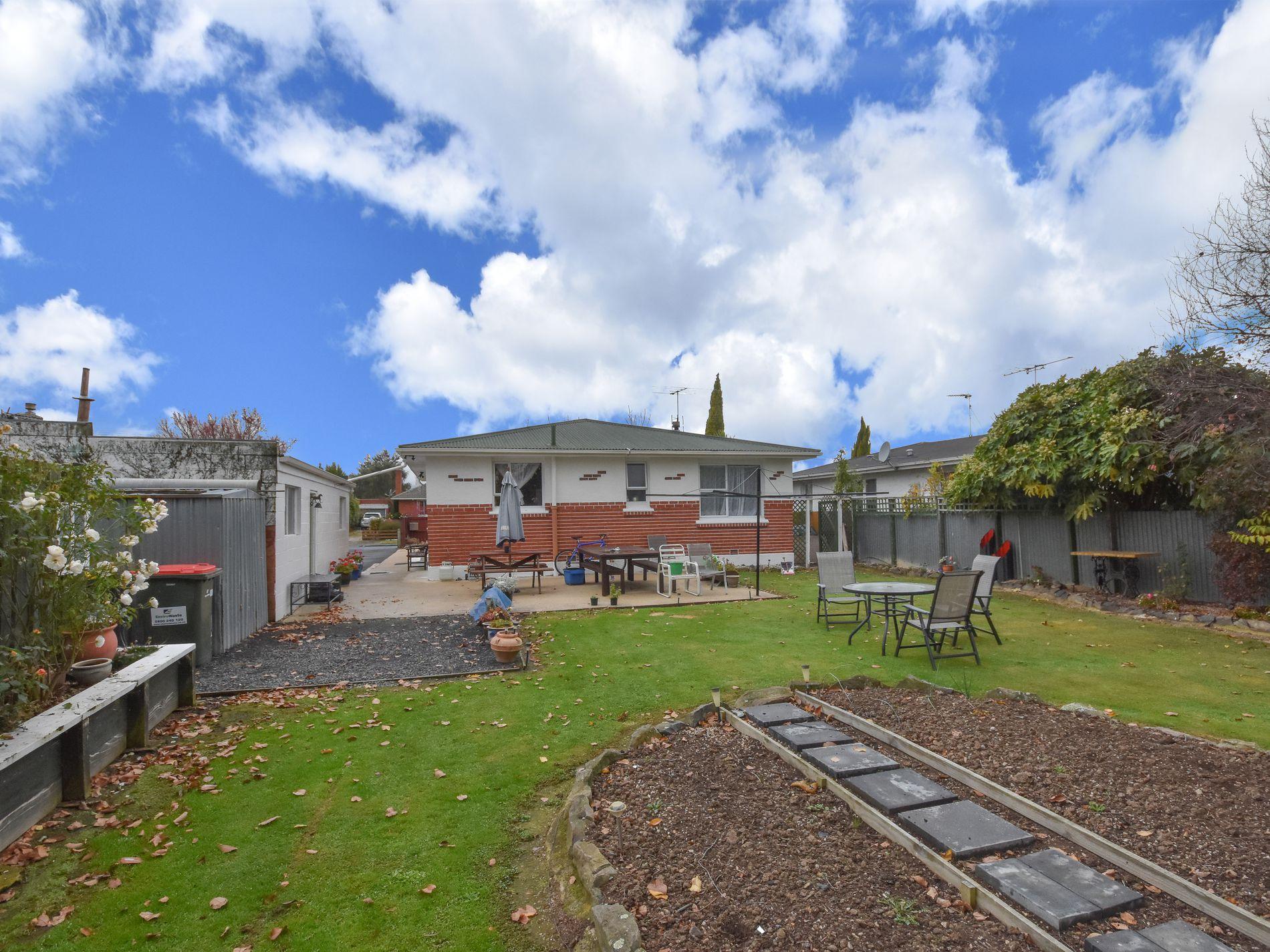 36 Stirling Crescent, Mosgiel