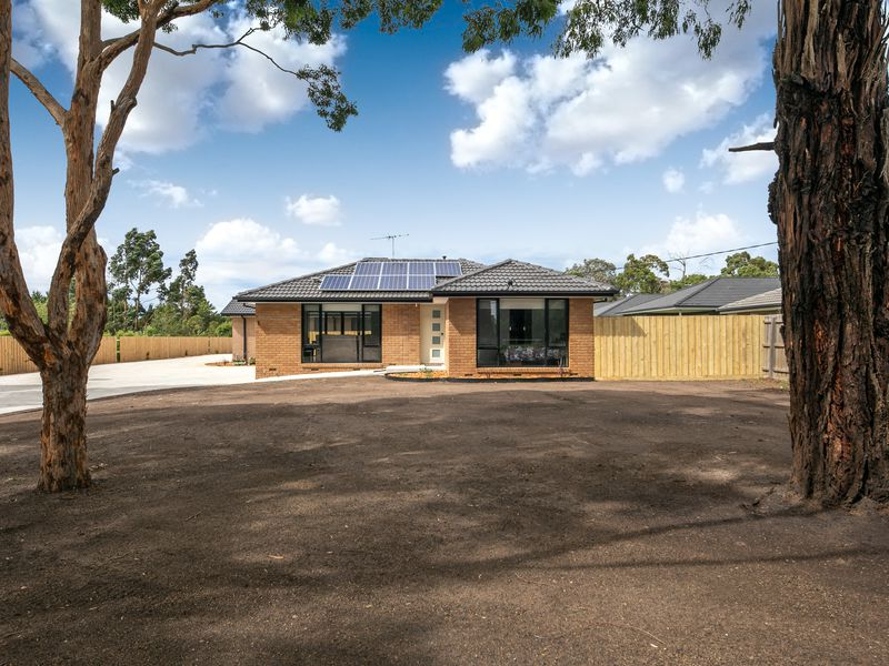 Unit 1 / 17 Regan Drive, Romsey