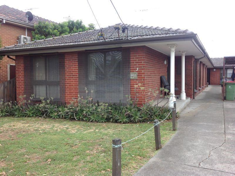4 / 3 Hatfield Court, West Footscray