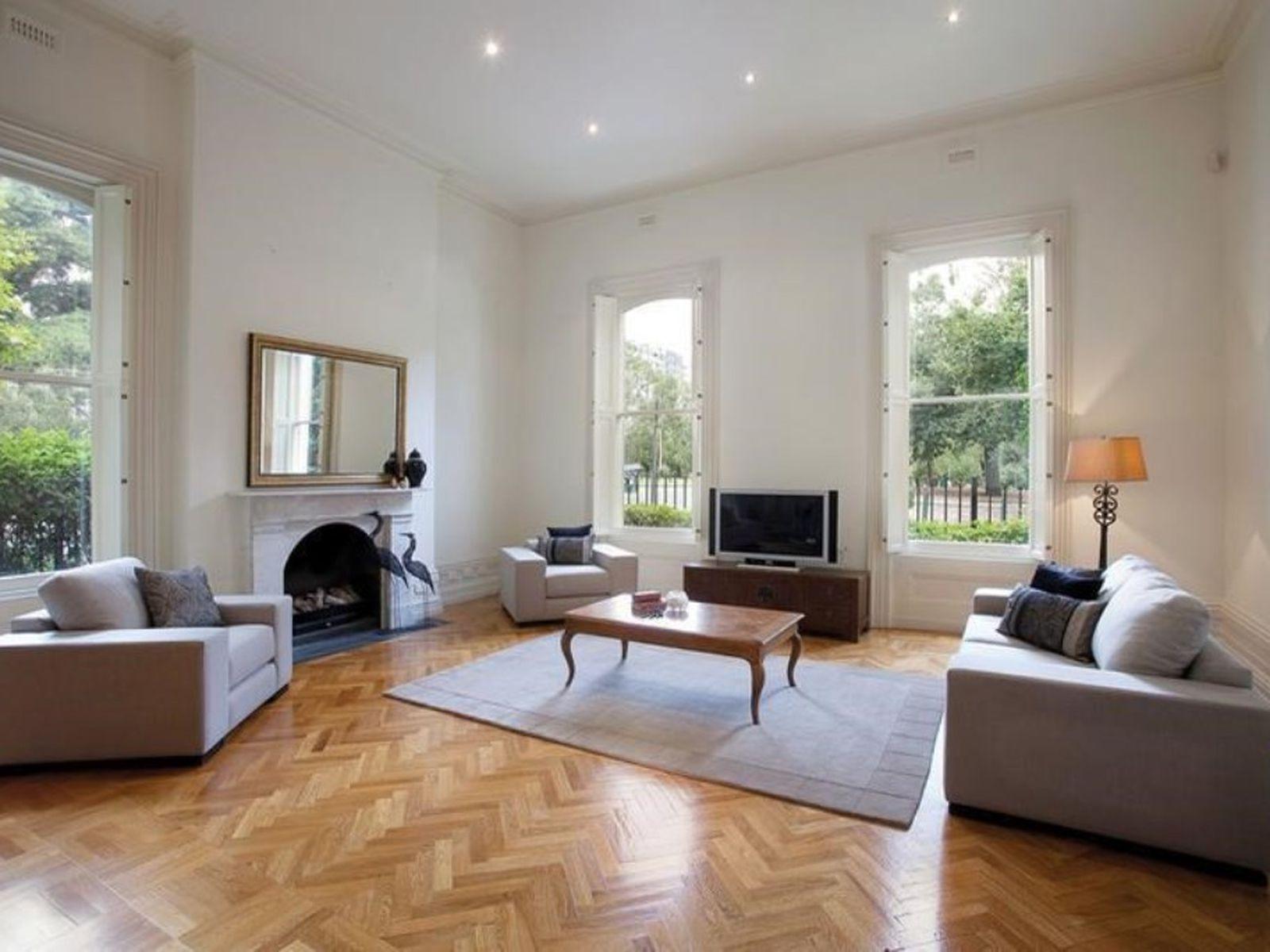 1 / 2 Jolimont Terrace, East Melbourne