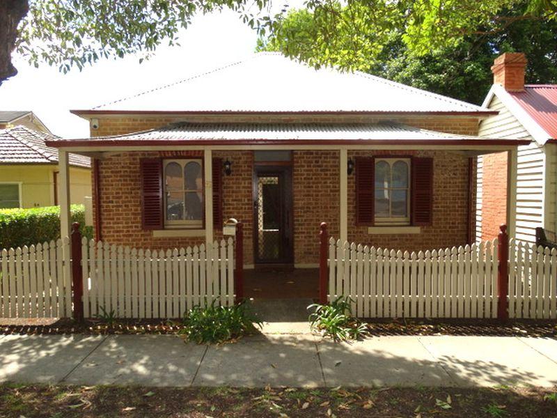 82 Sorrell Street, North Parramatta