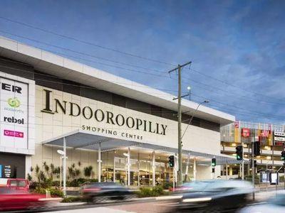 118 / 15 Lambert Road, Indooroopilly
