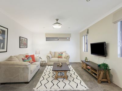 8 Clause Way, Piara Waters