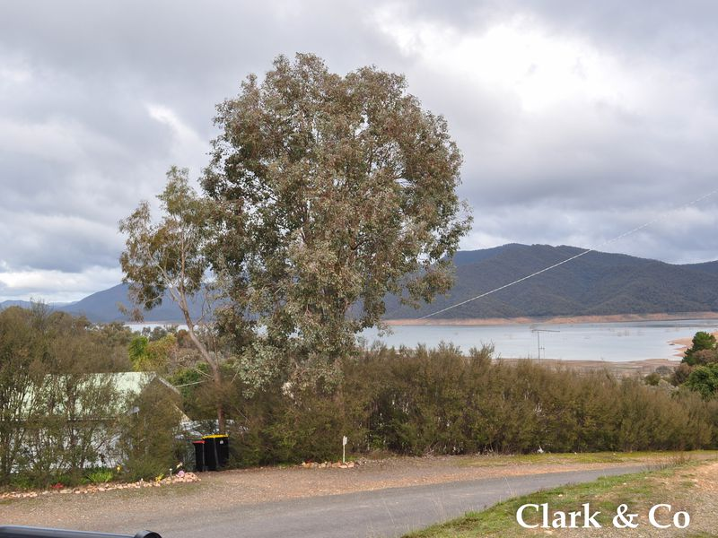11 Fossickers Trail, Goughs Bay