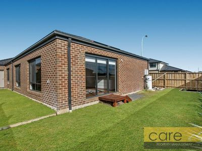 27 Parkgate Drive, Clyde North