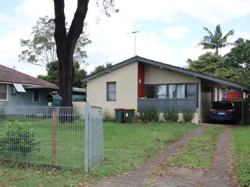14 Samoa Place, Lethbridge Park
