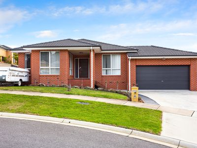 18 Valleyview Grove, Drouin