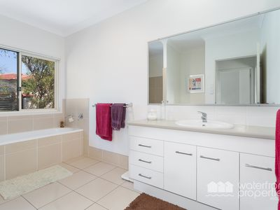 12A Blakeney Street, Woody Point