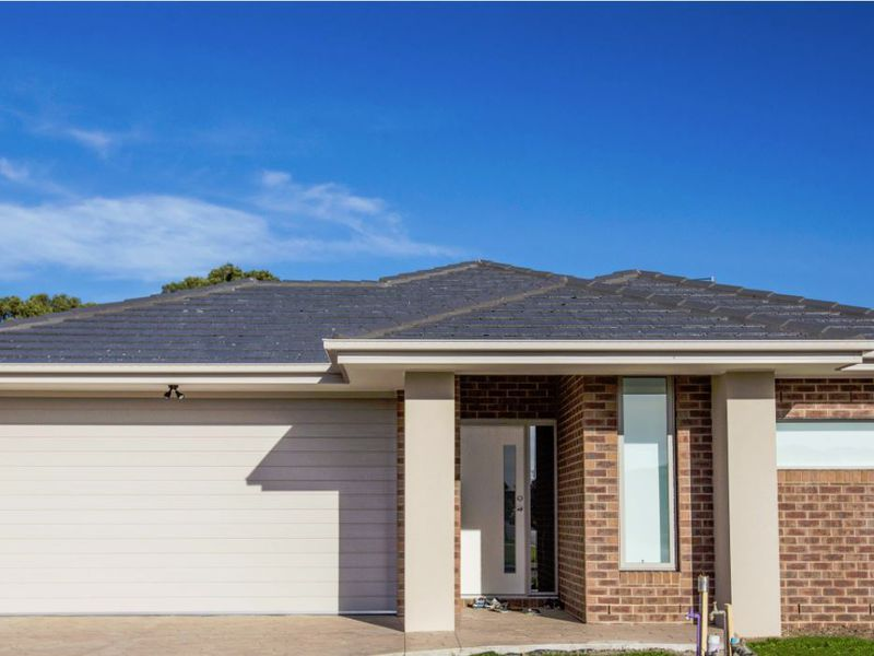 35 BURNHAM CRESCENT, Keysborough