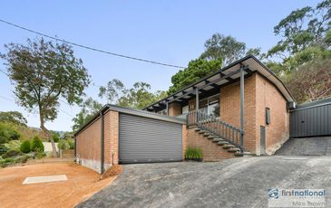 11 Olive Grove, Lilydale