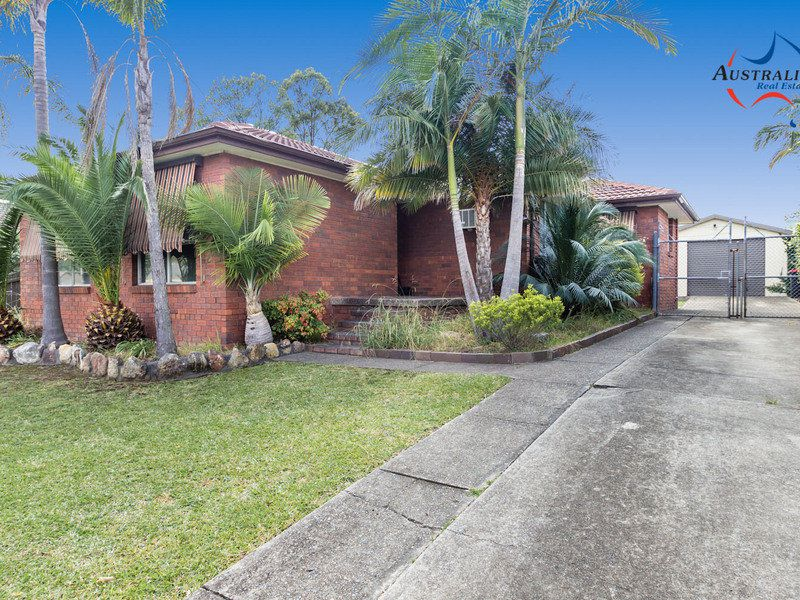 35 Menzies Circuit, St Clair