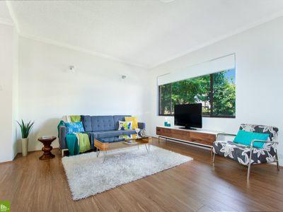 1 / 90 Rowland Avenue, Wollongong
