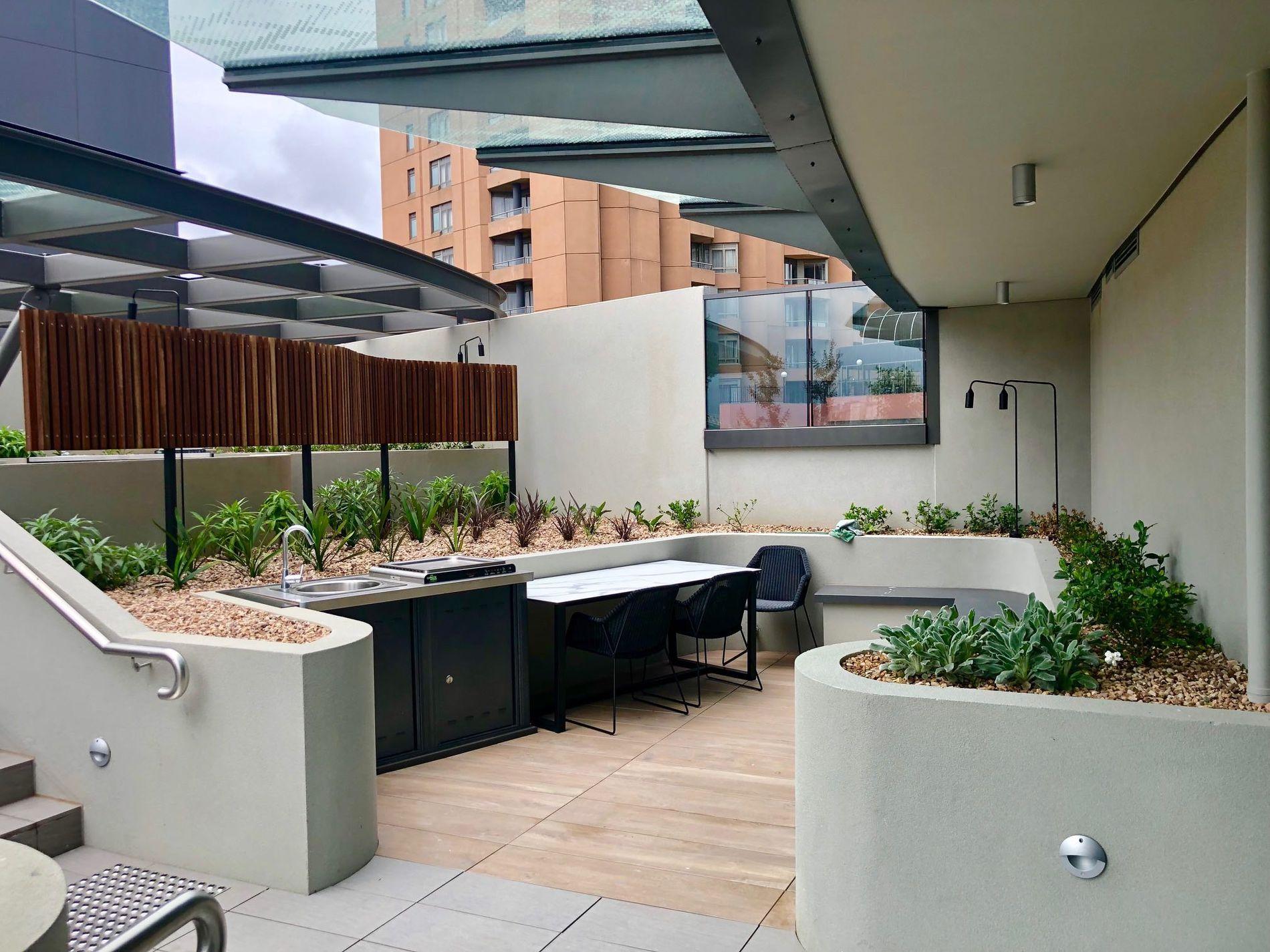 305 / 23 MacKenzie Street, Melbourne
