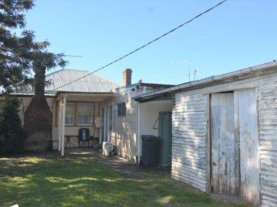 304 Hoskins Street, Temora