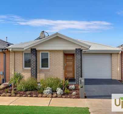 45 KERSHOP VIEW , Clyde North