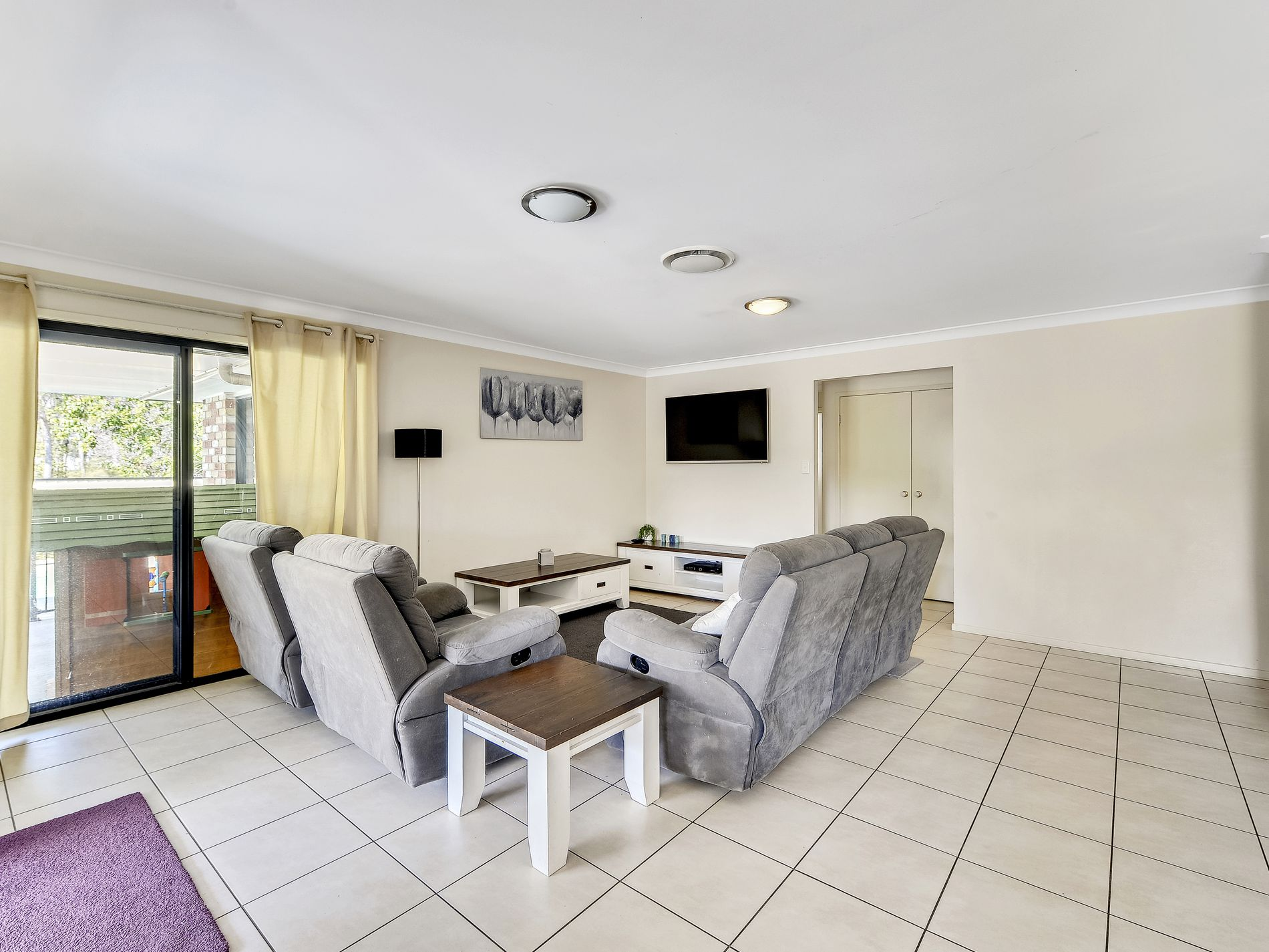 2-4 Hilltop Crescent, Jimboomba