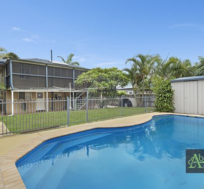92 Dover Road, Redcliffe