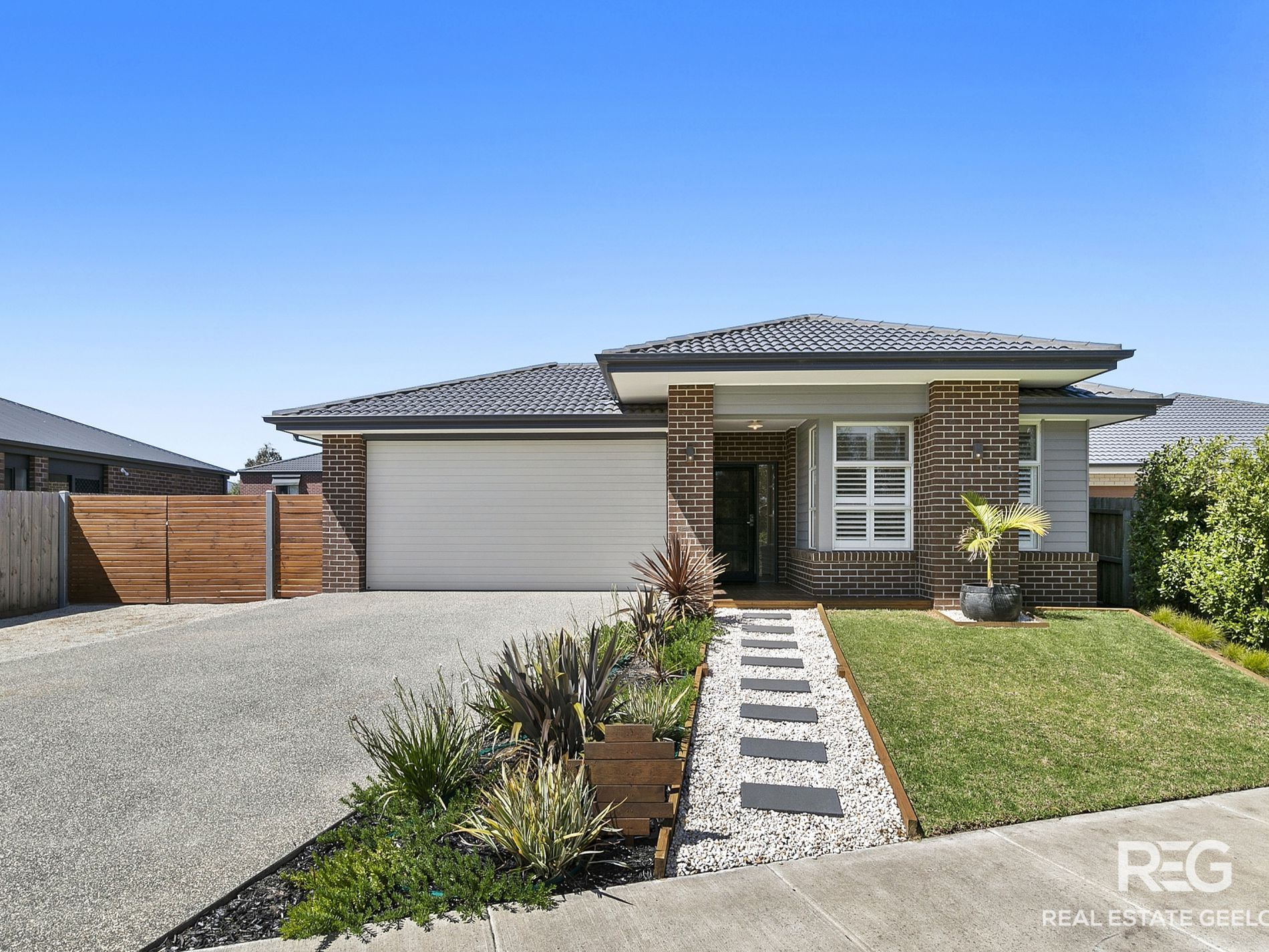 11 Annmaree Drive, Indented Head