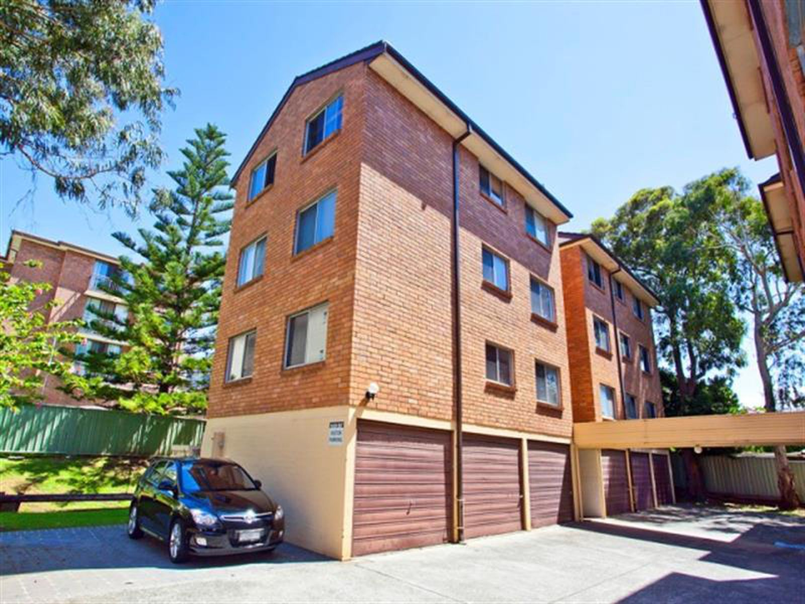 6 / 14A Bourke Street, North Wollongong