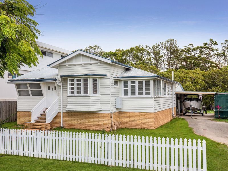 44 St Catherines Tce, Wynnum