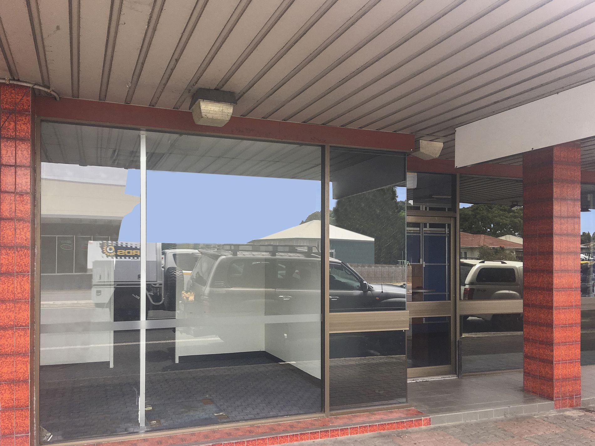 Shop 1  / 118-122 Nebo Road, East Mackay