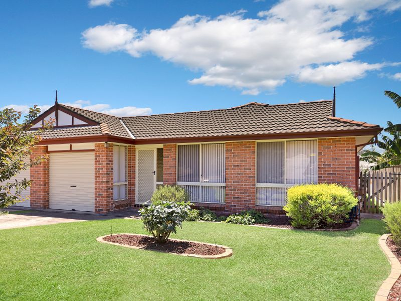 72B Explorers Way, St Clair