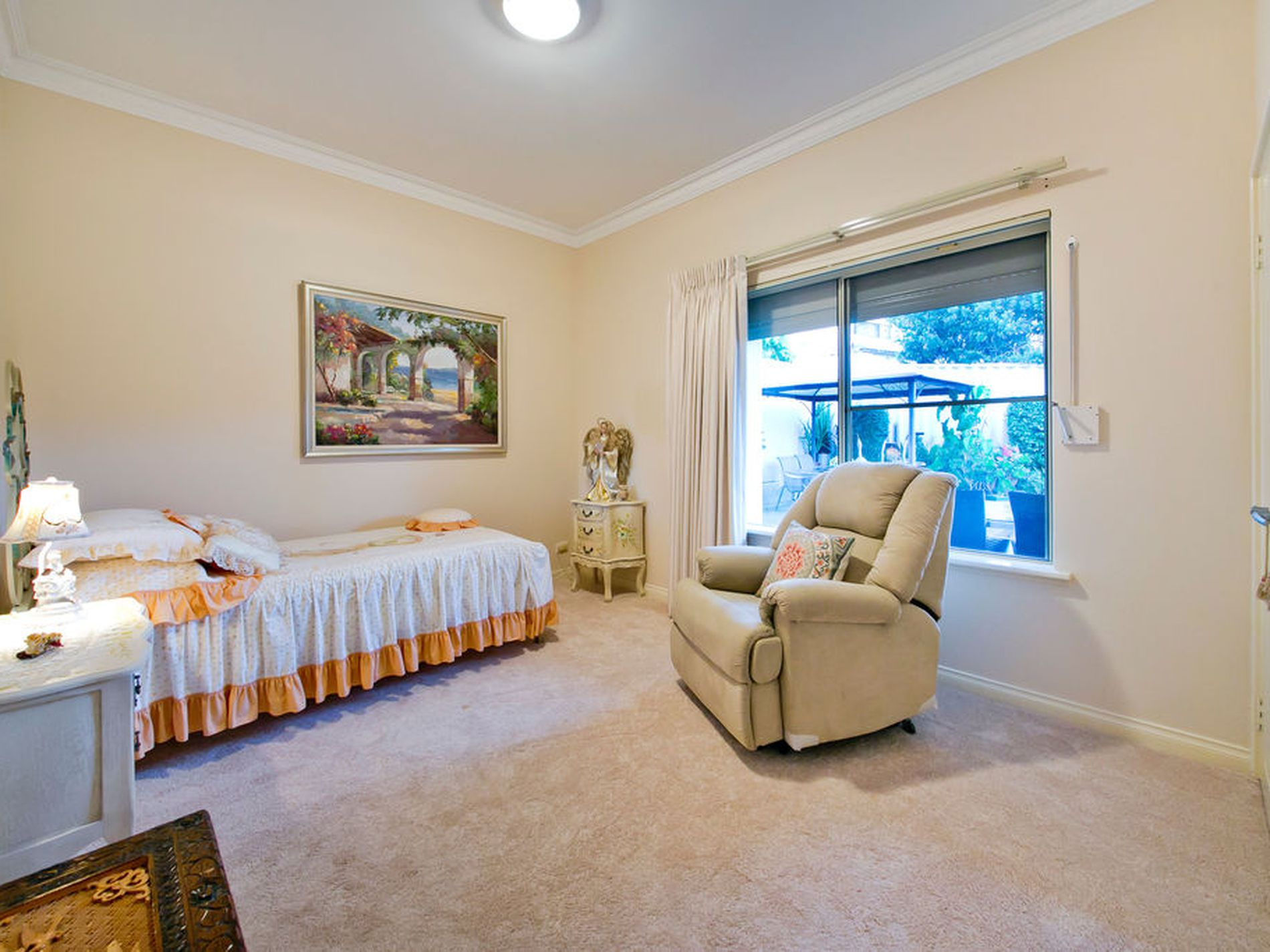 45 Belleview Crescent, Dianella