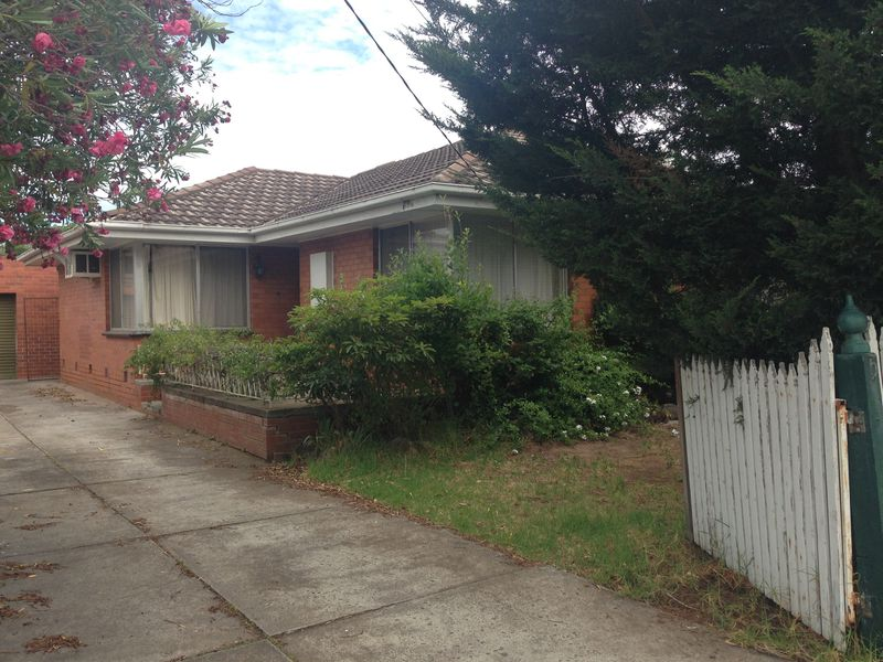 5 Fourth Avenue, Hoppers Crossing