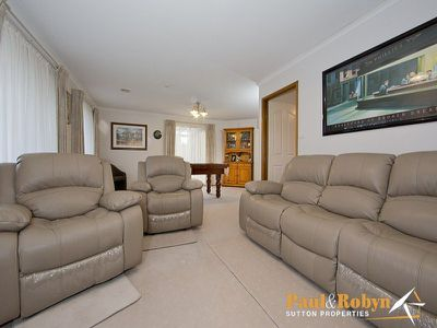 34 Rowntree Crescent, Isaacs