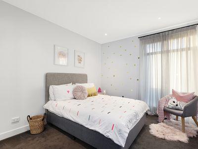 10B Stratford Avenue, Bentleigh East