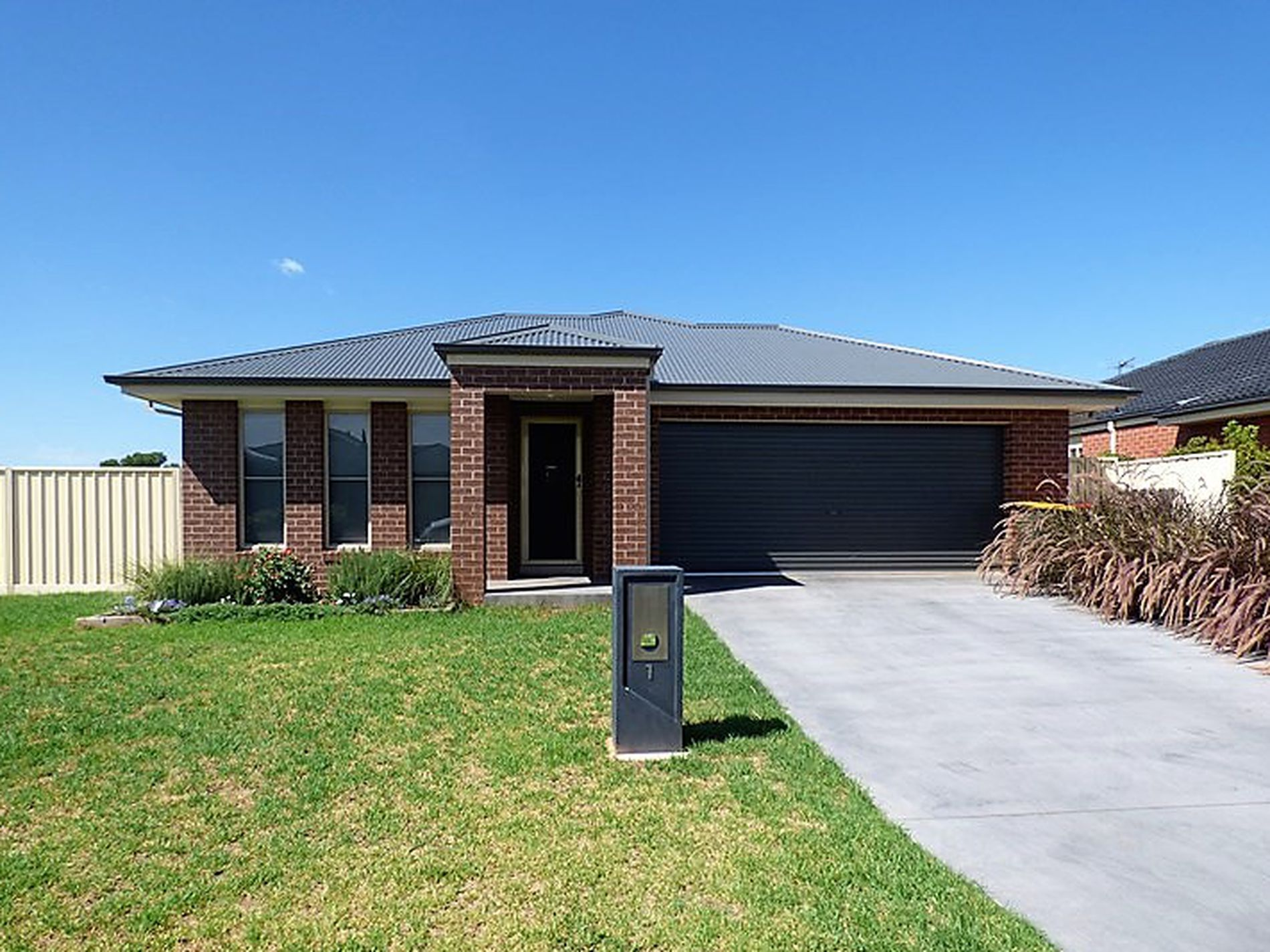 1 Harrison Place, Griffith