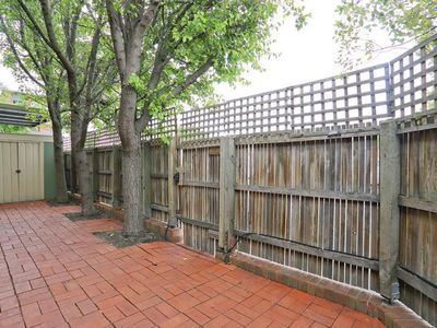 11 / 203 Little Malop Street, Geelong