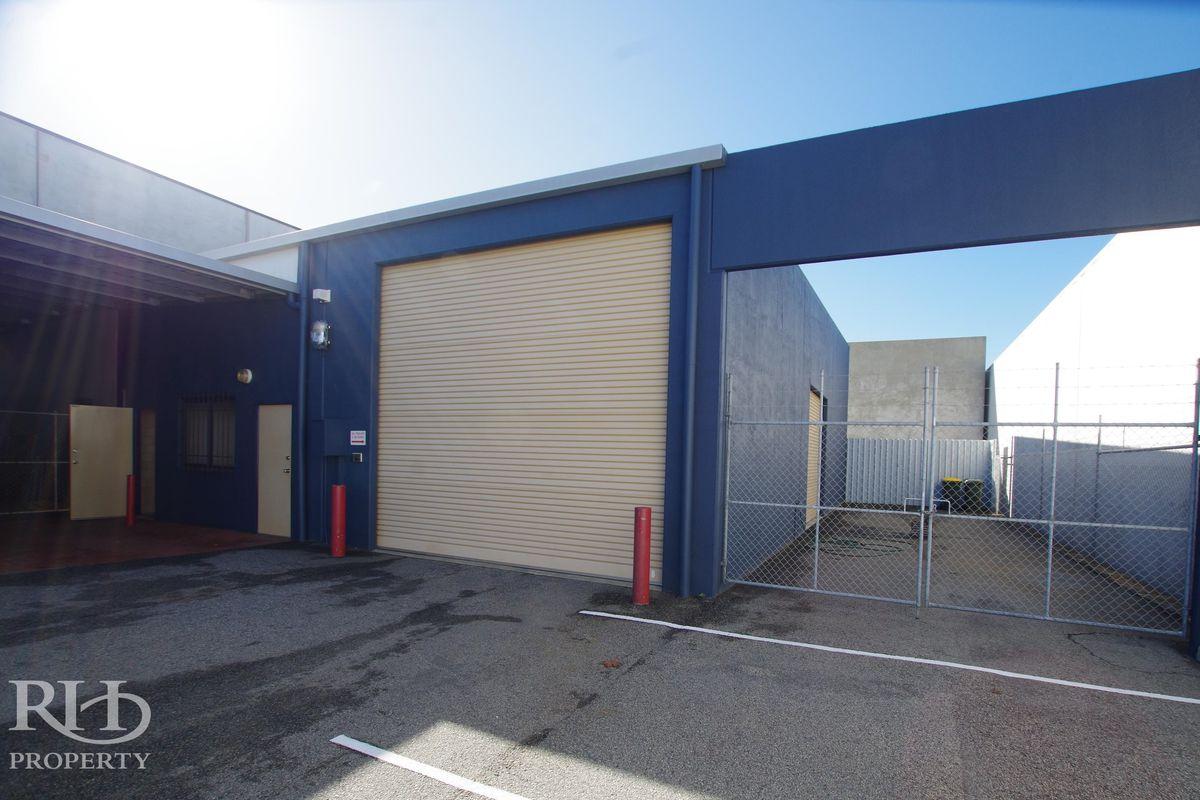 Neat Office/Warehouse plus Mezzanine and Yard