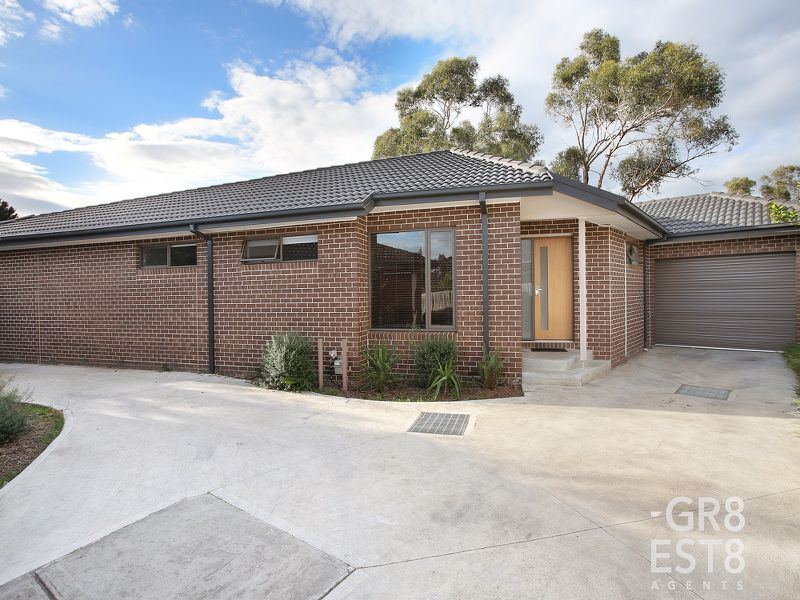2 / 47 Upton Crescent, Narre Warren
